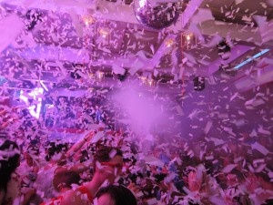 aoki konfetti